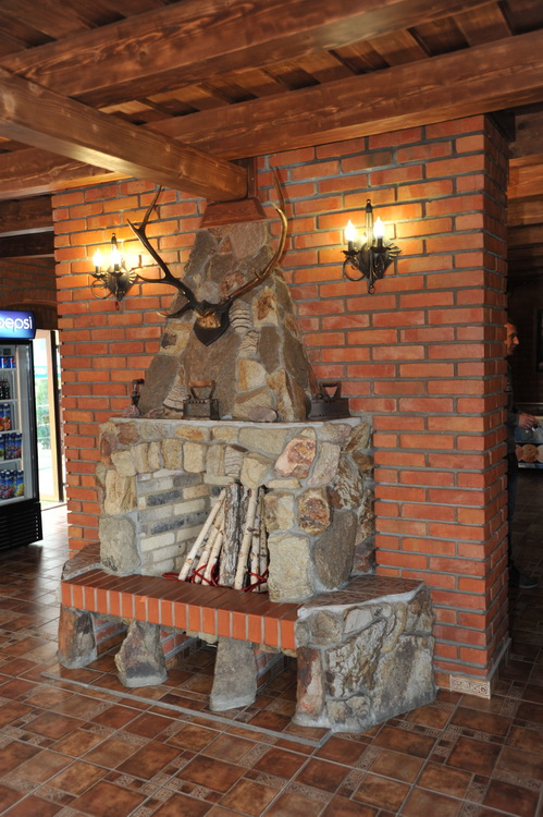 """Ресторан """"Чорна Гора"""""""